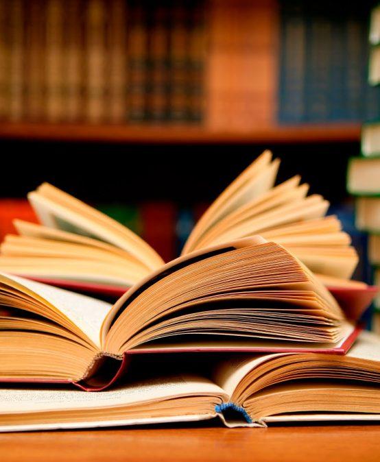 Annonce de bibliothèque: carte de lecteur